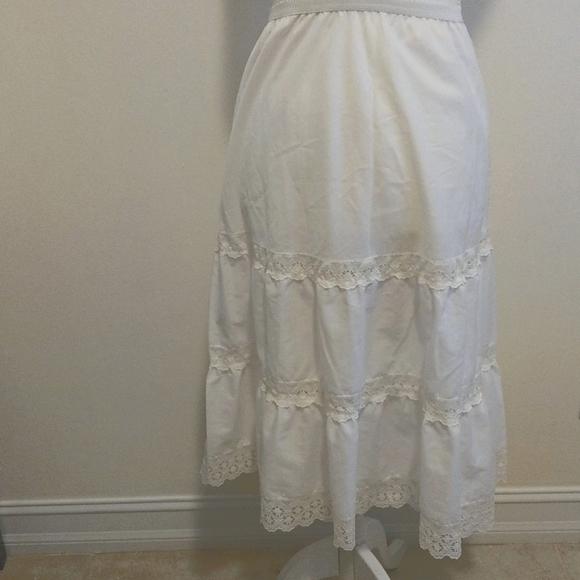 Vintage slip or skirt extender